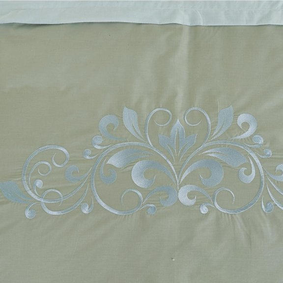 Постельное белье Karteks Перкаль сатин с вышивкой - двуспальное pv-007